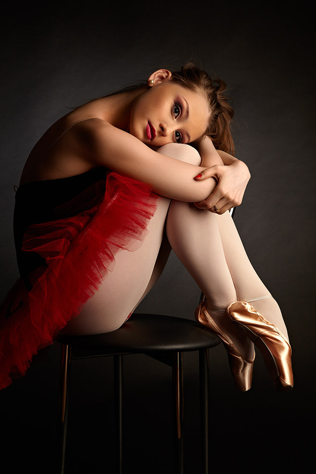 balerina relaxata in studio